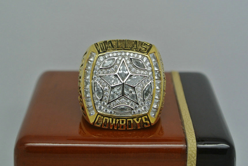 1995 Super Bowl XXX Dallas Cowboys Larry Brown Championship Ring