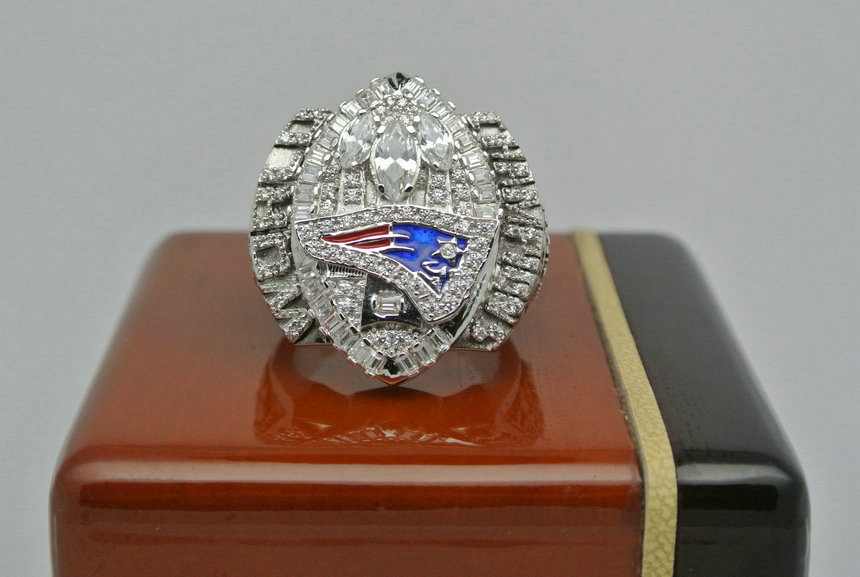 2004 Super Bowl XXXIX New England Patriots Deion Branch Championship Ring